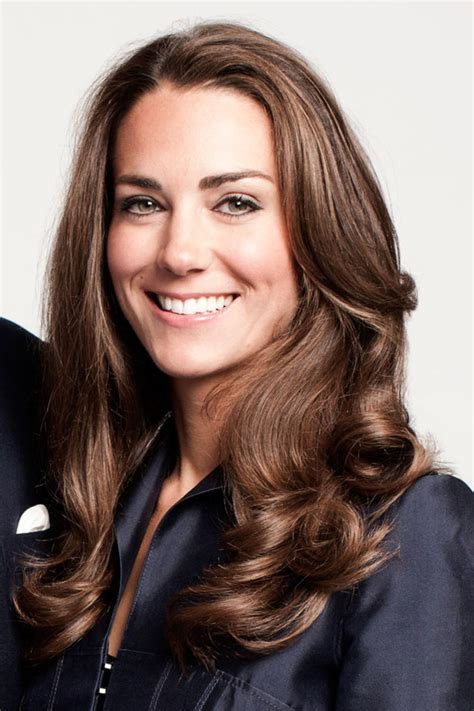 is kate middletons hair mahogany kate middleton dyes hair a glossy dark brown hue for