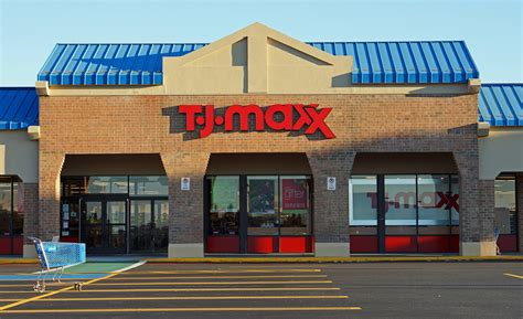 tj maxx how to score the best deal at tj maxx ross and marshall s