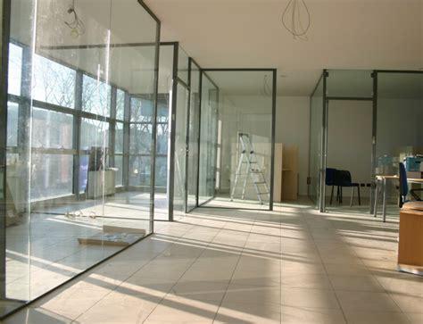 divisori in vetro per interni pareti in vetro sistemi ad impacchettamento vetreria a