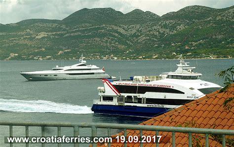 catamaran ferry krilo from dubrovnik to korcula catamaran ferry krilo star on route to dubrovnik 19 09