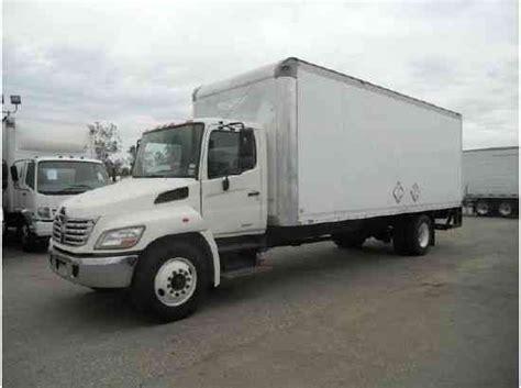 nissan box van hino 338 box truck 24ft box w large liftgate 33 000 air