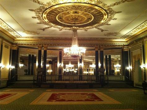 empire room palmer house op ed palmer house hotel home of legendary entertainers and grandeur includes