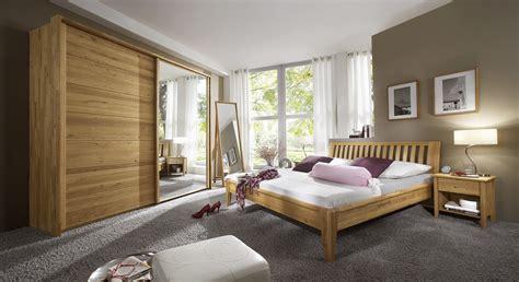 komplett schlafzimmer massivholz komplett schlafzimmer aus massivholz eiche roseville