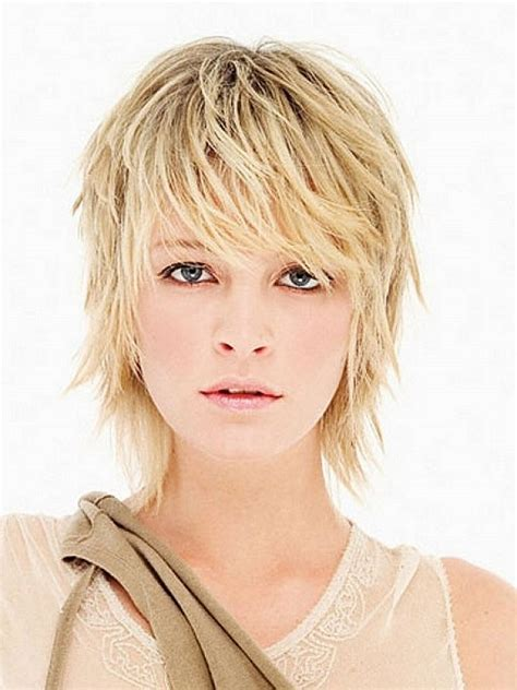 what is a feathered shag short hairstyles for women shag haircut blonde lotsa