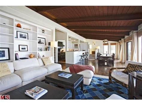 cindy crawford home decor cindy crawford lists malibu home for rent