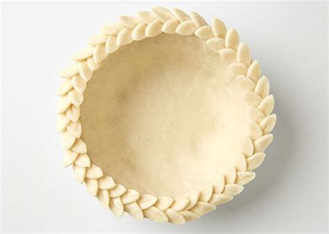 leaf pattern for pie crust easy pie crust designs p g everyday p g everyday pie
