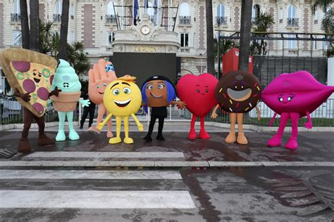 film 17 luglio emoji watch the emoji movie invades cannes launches new