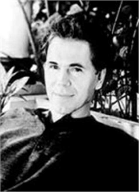 Arthur Golden: biografía y obra - AlohaCriticón