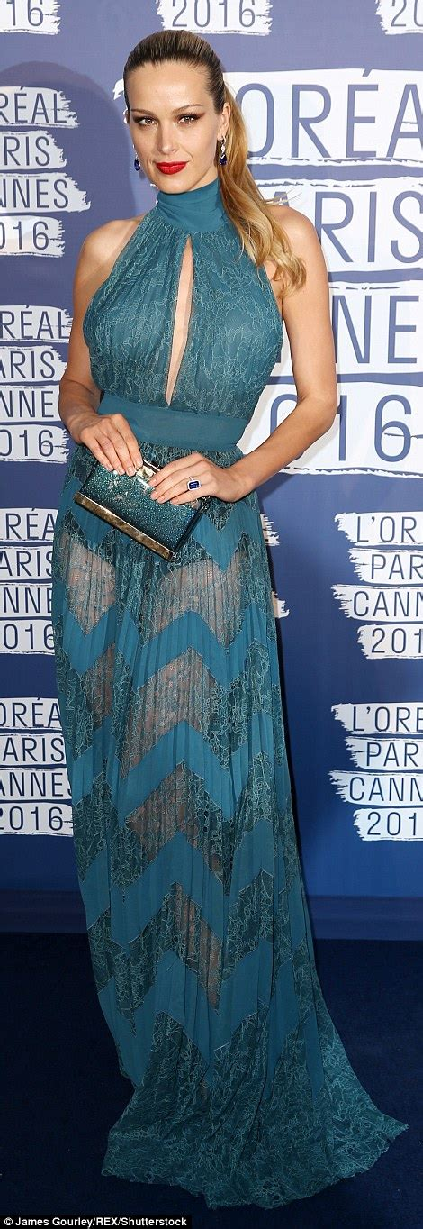 Glamorous Tv Bahus Celebrate 19 Yrs Of Sia Jewellery by Doutzen Krous Celebrates Ten Year Anniversary With L