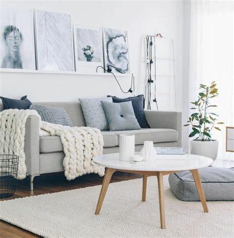 canapé gris et blanc inspiration salon scandinave
