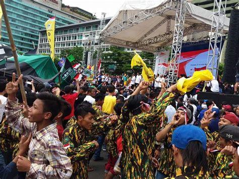 Kritik Indonesia walhi jakarta kritik pemanfaatan car free day sebagai