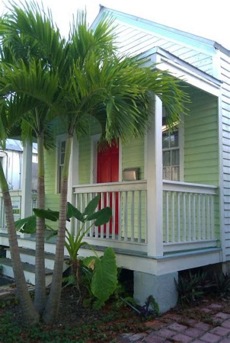 key west cottages 1000 images about home by the sea exterior paint colors