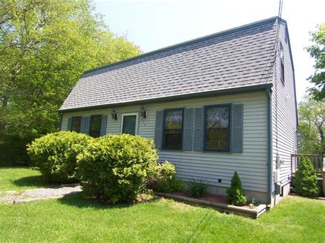 house for sale in wakefield ri