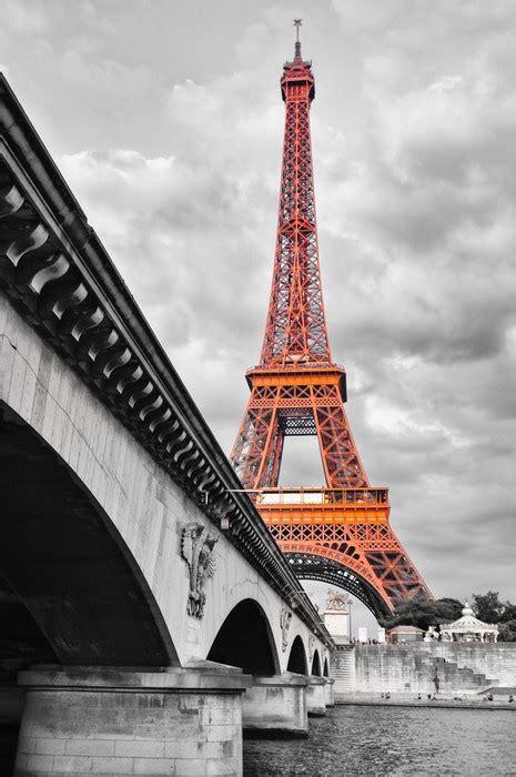 imagenes blanco y negro torre ifel fotomural torre eiffel blanco y negro y rojo eiffel