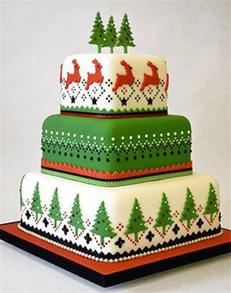 christmas tree cake pattern 40 christmas cake ideas cake dream cake and christmas