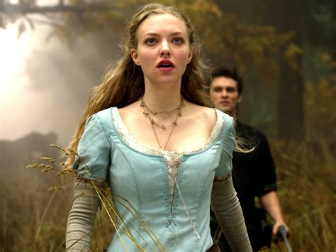 amanda seyfried in movies amanda seyfried in red riding hood movie wallpapers hd