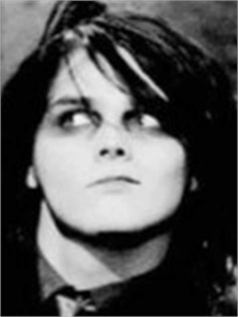 young gerard way the shape of gerard way face when he was save me i m too young to die my chemical romance