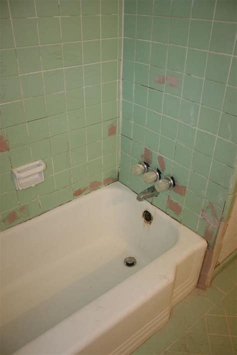 Refinish Bathtub And Tile by Bathtub Refinishing Bathroom Refinishing And Kitchen