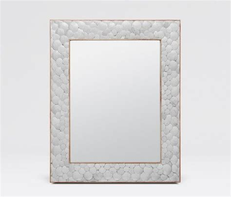 Borders For Bathroom Mirrors 1000 Ideas About Mirror Border On Masters Of Flip Diy Bathroom Remodel And