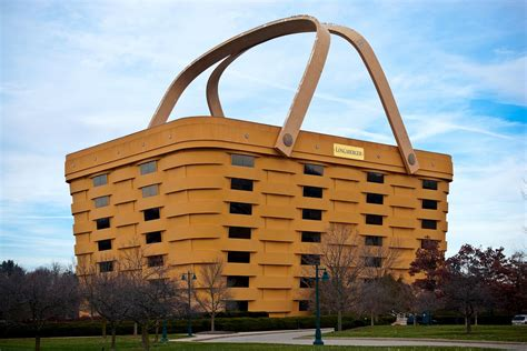 longaberger headquarters tragically unwanted basket building headed to foreclosure