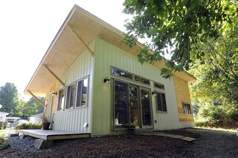 Small Homes Vt A Small House In Montpelier Vermont Anomal