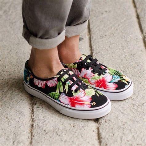 Vans Skool Aloha Flower Motif shoes vans floral hawaiian print aloha lace up