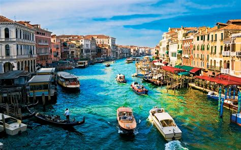 italian water blue water canals in venice italy wallpapers and images wallpapers pictures photos