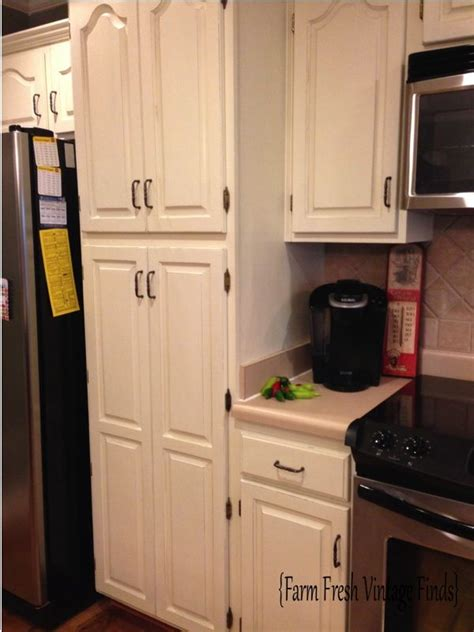 how to paint kitchen cabinets with annie sloan chalk paint how to paint your cabinets using annie sloan the reveal
