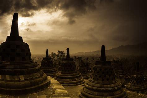 indonesia  asia sightseeing  landmarks thousand