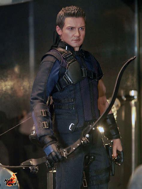 captain n figure toys shows captain america civil war