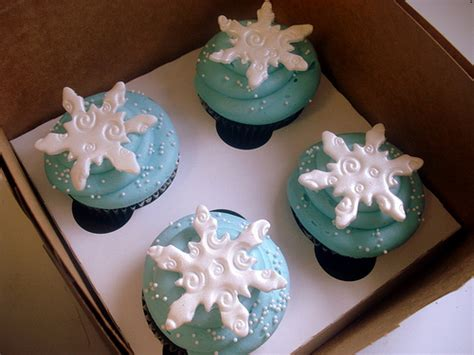 Winter Cupcakes Decorating Ideas by Winter Cupcakes Flickr Photo