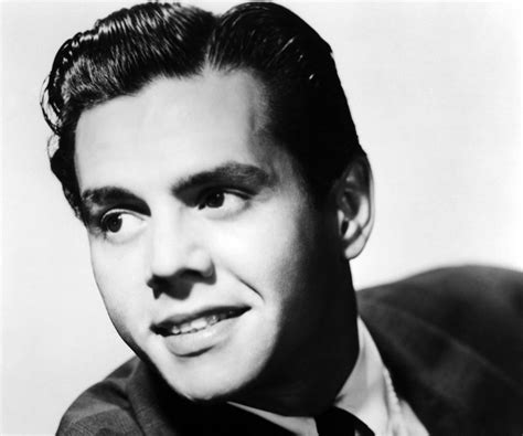 biography the famous person desi arnaz biography childhood life achievements timeline