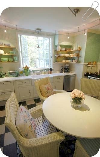 cottage chic store shabby chic on friday the cottage chic store paperblog