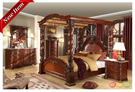 queen size poster bedroom sets castillo de cullera cherry queen size canopy bedroom set