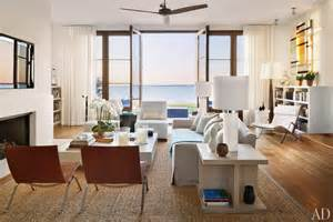 Hamptons Homes Interiors by Frank Greenwald S Modern Hamptons Home My Favorite Things