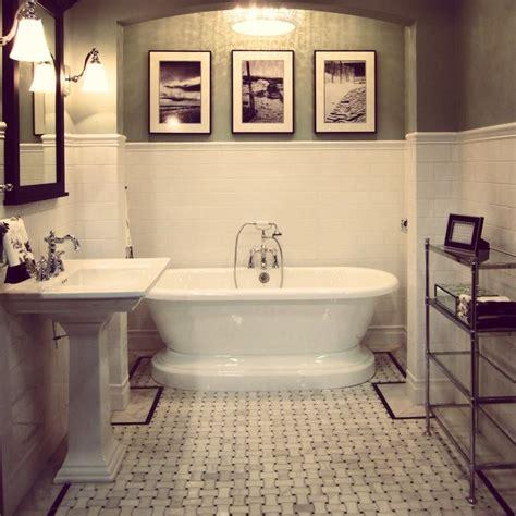 Basketweave Tile Bathroom by The Classic Basket Weave Mosaic Floor Tile Thetileshop