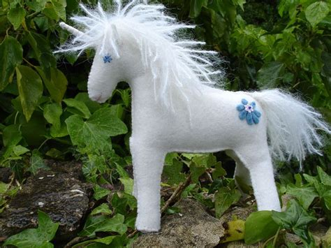 felt pattern unicorn felt unicorn or horse pattern crafting for kids
