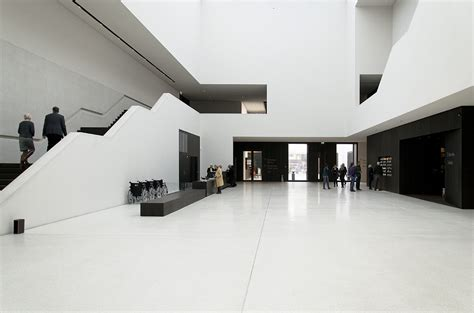 Foyer Museum by 187 M 252 Nster