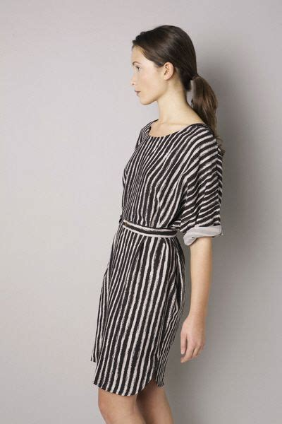 Lower Flowy day dresses kimonos and sleeve on