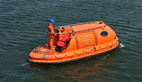 fast boat rescue training proficiency in survival craft and rescue boats other than