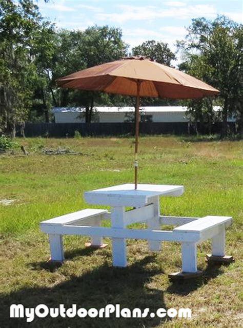 Small Picnic Table by Small Wood Crafts Plans For Picnic Table