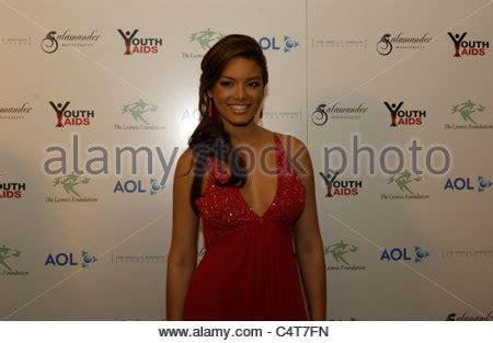 Youthaids Annual Gala by Miss Universe Zuleyka Rivera Stands For Photos Youth Aids