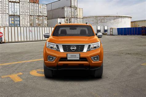 Cermin Depan Nissan Navara gambar nissan navara lihat foto interior eksterior oto