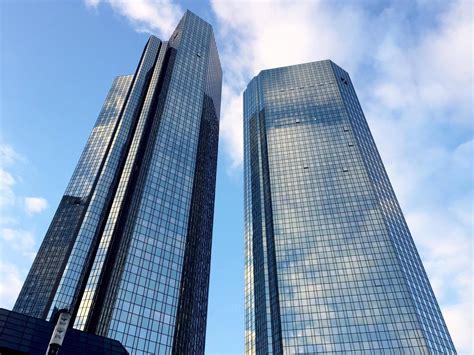 deutsche bank filialen deutsche bank 220 filialen und 4 000 fallen weg