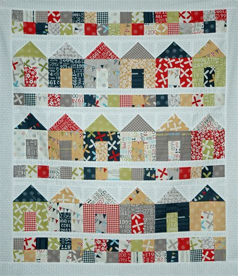 house pattern fabric islandlife quilts the construction phase is now complete