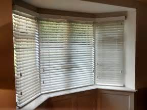blinds for a bay window 33 best images about bay window blinds on grey