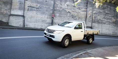 mitsubishi l200 single cab 2016 mitsubishi triton glx single cab review caradvice