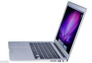 Laptop Apple Slim macbook air apple s new slim laptop reviewed by