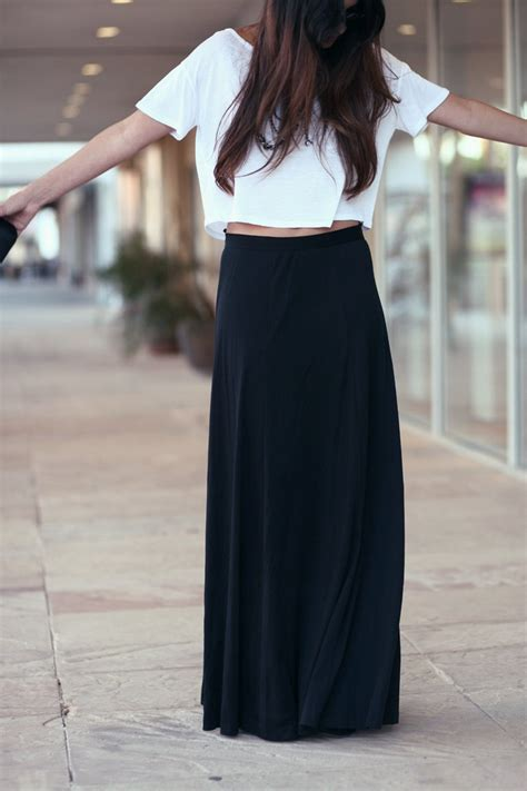 the gallery for gt high waist maxi skirt with crop top