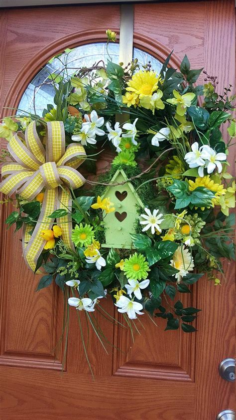 best 25 wreaths ideas on pinterest spring wreaths 25 unique spring wreaths for front door diy ideas on